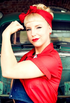 pin-ups_and_cars_017