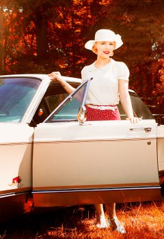 pin-ups_and_cars_019