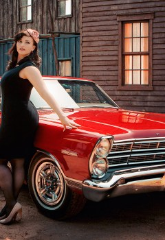 pin-ups_and_cars_020