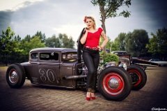 pin-ups_and_cars_002