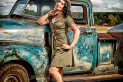 pin-ups_and_cars_022